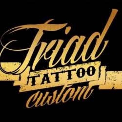 Tríad Tattoo Custom